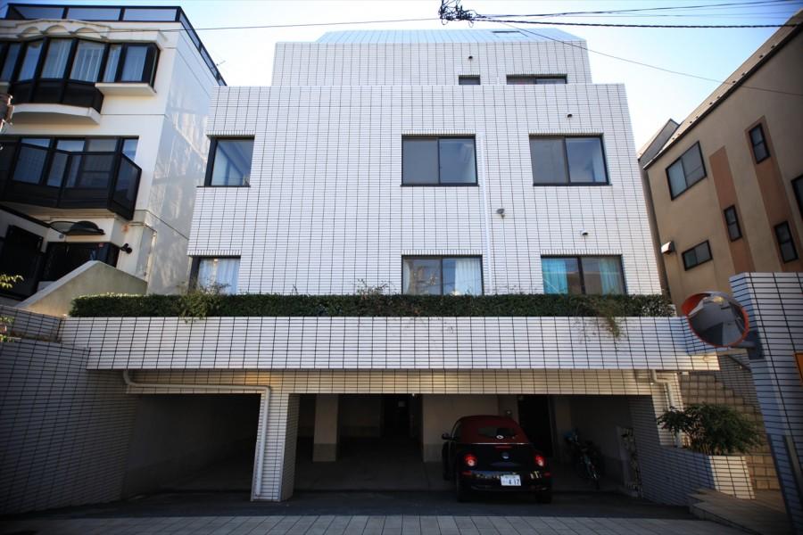 Mikimoto  House