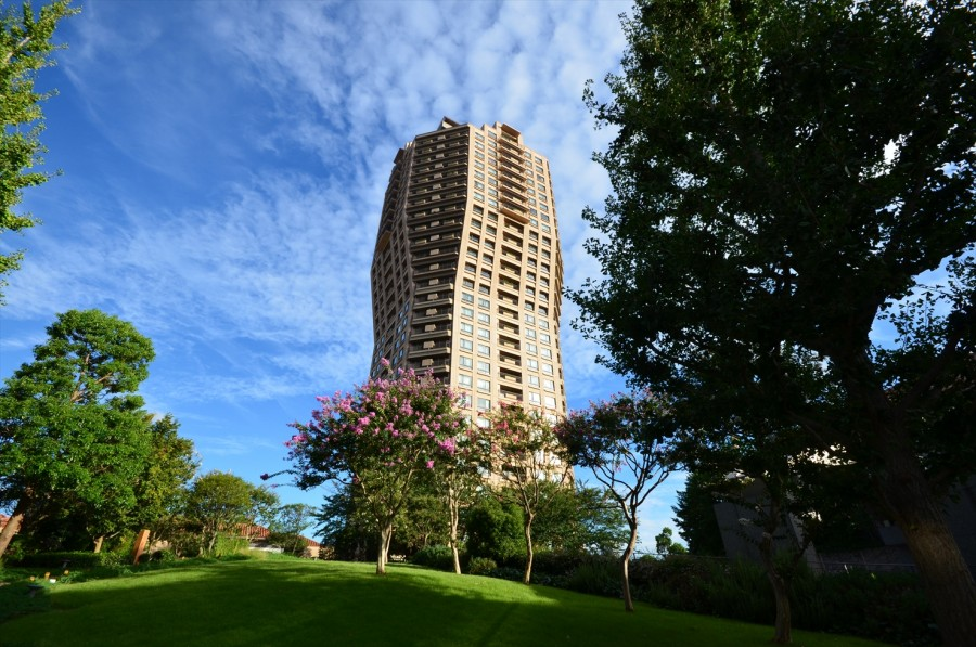 Motoazabu Hills Forest Tower