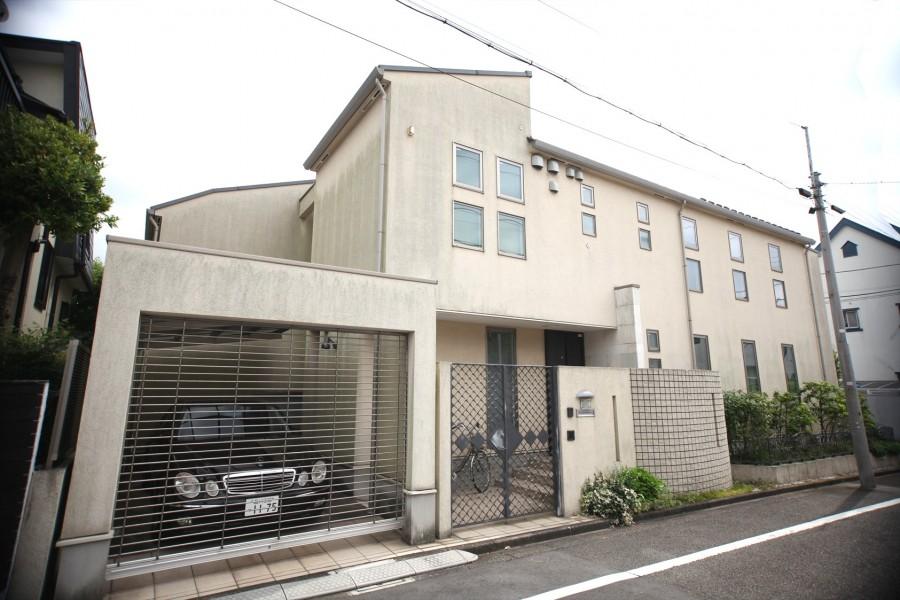 Fukasawa  house