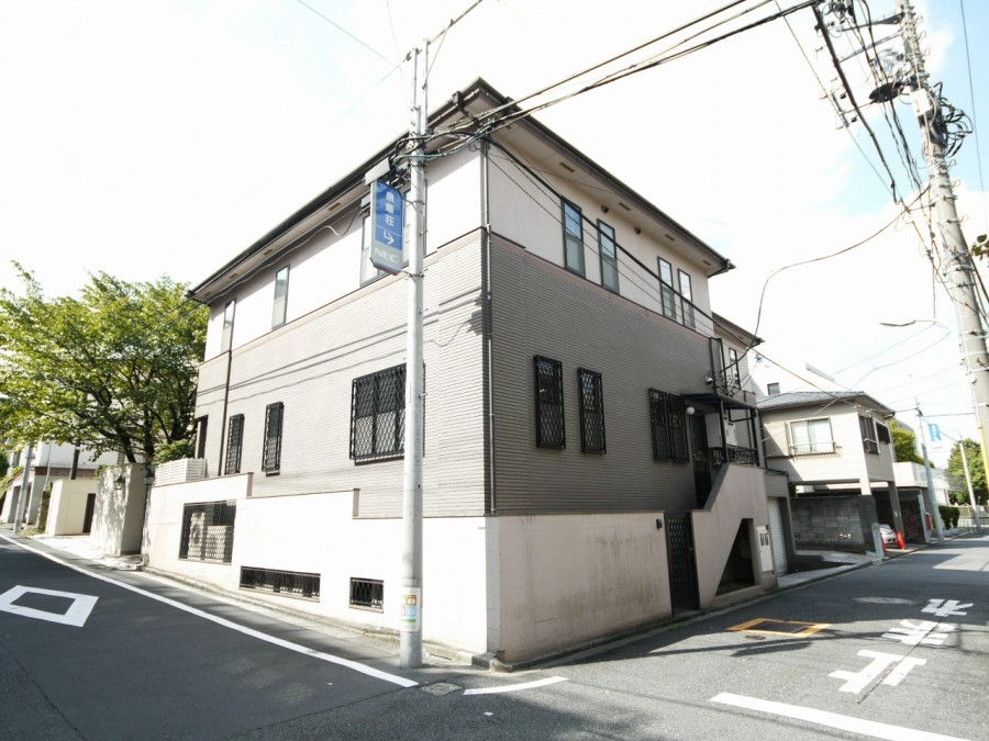 Shirokanedai  House