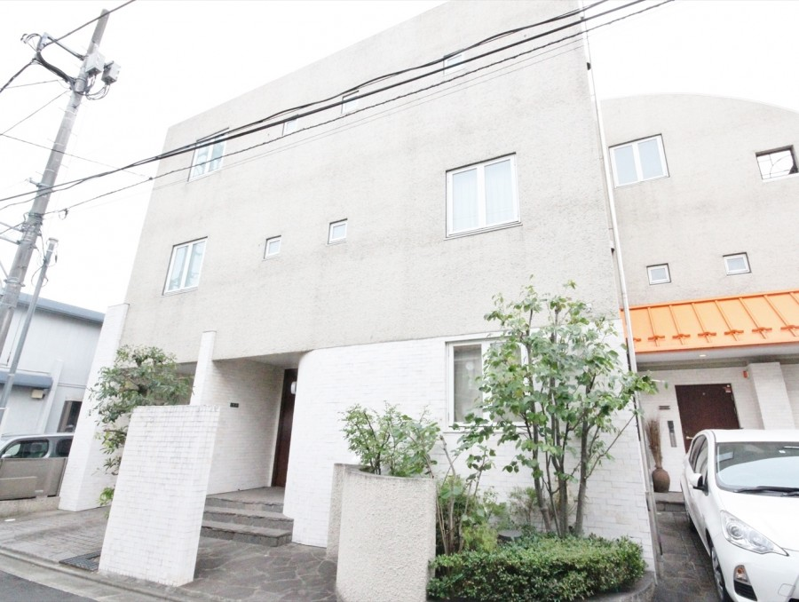 Shirokanedai 767 House