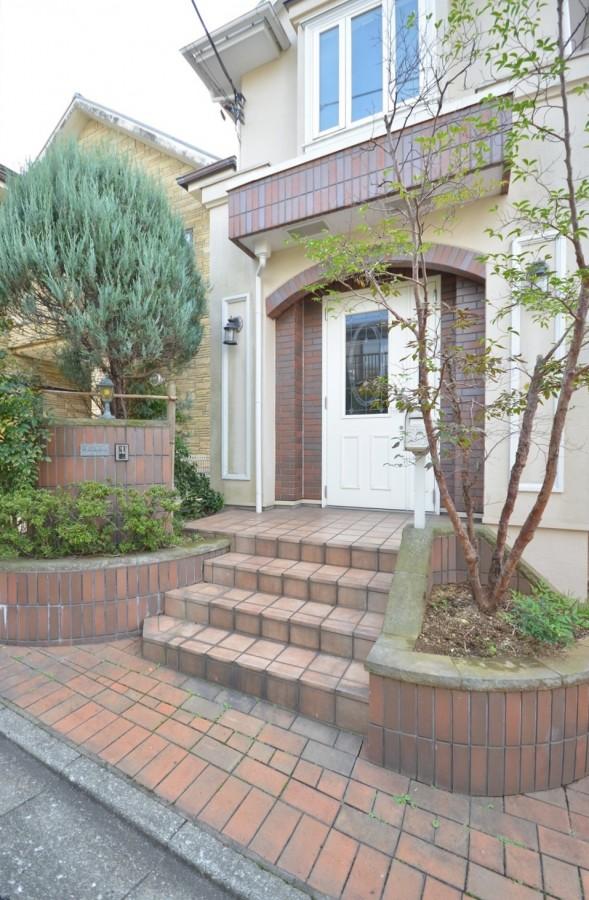 Nakamachi 2-chome house